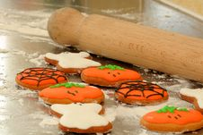 Free Cooking Halloween Biscuit Royalty Free Stock Photo - 3303005