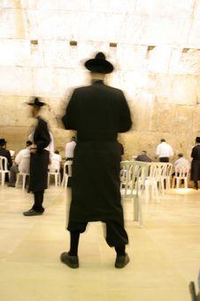 Hasidic Jews By Wailing Wall Royalty Free Stock Photo