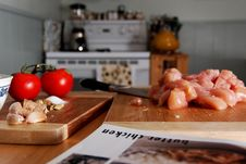 Free Preparing Butter Chicken Royalty Free Stock Photo - 3305075