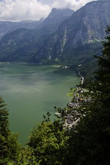 Free Hallstatt View From The Top Of The Mountain Stock Photography - 33000032