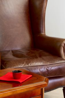 Free Coffee Table And Leather Armchair Royalty Free Stock Photography - 33030077