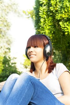Free Girl Enjoying The Music Stock Images - 33033644