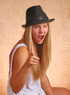 Free Young Girl With Hat Royalty Free Stock Photo - 33056445