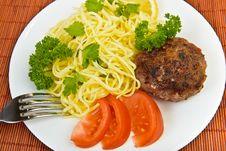 Free Spaghetti And Burger Meatball Rissole Stock Photo - 33059790