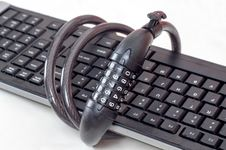 Free Keyboard And Chains Stock Photography - 33073412