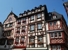 Free Half-timbered Houses Mosel Royalty Free Stock Images - 33088309