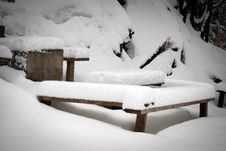 Free Snowy Furniture Stock Photos - 33089643