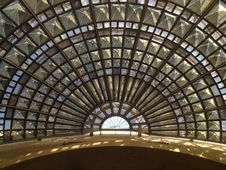 Free Glass Roof Royalty Free Stock Photos - 33095438