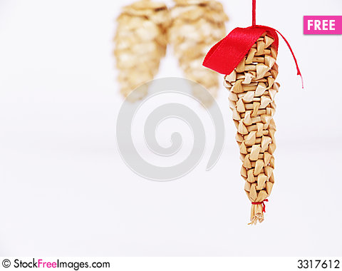 Free Straw-cone-decoration Stock Photography - 3317612
