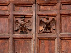 Free Eagle Bas Relief Carving Royalty Free Stock Photography - 3310557