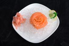 Free Sashimi In Ice Stock Photo - 3310630