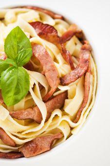 Free Pasta Alla Carbonara Royalty Free Stock Photos - 33104338