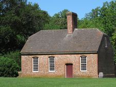 Free Southern Brick Plantation Building. Royalty Free Stock Images - 33105259