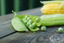Free Green Peas And Corn. Stock Photos - 33107053