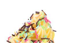 Free Soft Lemon Ise Cream. Sprinkles. Stock Photos - 33107433