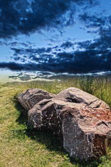 Free Rock And Dramatic Sky Stock Photo - 33116010