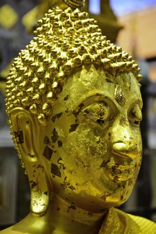 Free Golden Buddha Head Royalty Free Stock Photography - 33119697
