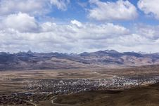 Free The Litang County In Tibet Stock Photography - 33120632