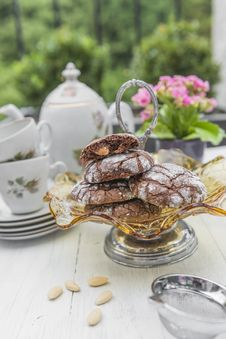 Free Chocolate And Almond Cookies Royalty Free Stock Photo - 33134345