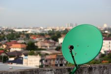 Free Green Satellite. Royalty Free Stock Photo - 33135245