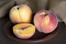 Free Ripe Peaches Royalty Free Stock Image - 33150406
