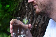 Free Thirsty Royalty Free Stock Photo - 33151635