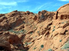 Free Hiking Within The Redstone Area In Lake Mead Recreation Area Royalty Free Stock Images - 33156409