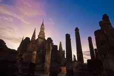 Free Wat Mahathai, Sukhothai Province Royalty Free Stock Image - 33166156