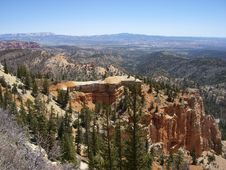 Free Once More Beautiful Day In Bryce Canyon Stock Photo - 33168180