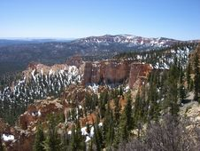 Free Yet Another Beautiful Day In Bryce Canyon Stock Images - 33168194
