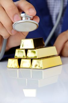 Free Concept Image Of Gold Bars Stock Photos - 33182153