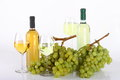 Free Glasses Of White Wine And Grapes Stock Image - 33199531