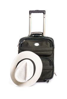 Free Small Green Travel Luggage Isolated 3 Royalty Free Stock Photography - 33199337