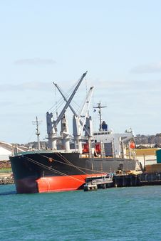 Free Cargo Ship Royalty Free Stock Image - 3324506
