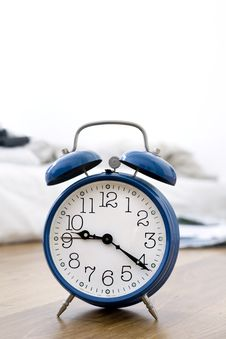 Free Blue Alarm Clock Royalty Free Stock Photography - 3325207