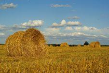 Free Hay Bales On Field Stock Photography - 3326582