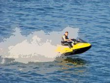 Free Jetski Water Sports Royalty Free Stock Images - 3327219