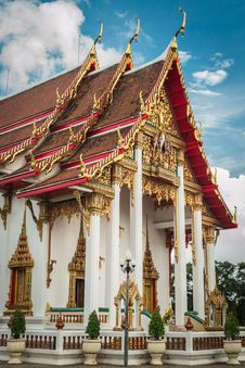 Free Main Chapel At Chalong Temple, Phuket, Thailand Royalty Free Stock Images - 33202279