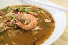 Free Tom Yam Koong Soup Royalty Free Stock Photo - 33208285