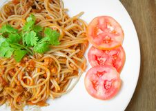 Free Spaghetti With Pork Tomato Sauce Stock Photography - 33228712