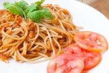 Free Spaghetti With Pork Tomato Sauce Stock Images - 33228734