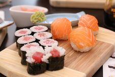 Free Its A Sushi Time With Wasabi And Soy Sauce Royalty Free Stock Photos - 33231528