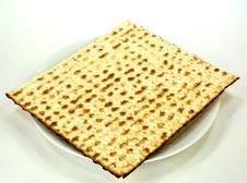 Free Matzo On A Plate Stock Image - 33241291