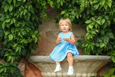 Free Little Girl In A Dress Stock Image - 33261471