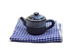 Free Blue Teapot Isolated On White Royalty Free Stock Photos - 33263538