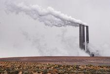 Free Desert Smokestacks Stock Photography - 33272252