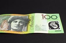 Free Australian Hundred Dollar Note On Black Background Royalty Free Stock Image - 33272616