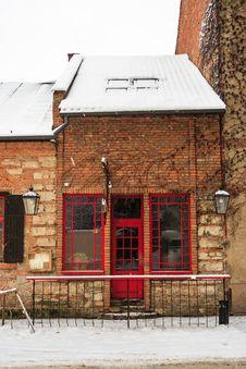 Red Door Pub In Winter Stock Photo
