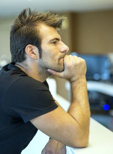 Free Thoughtful Man Sitting In The Bar. Royalty Free Stock Photography - 33296697