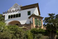 Free Spain. Barcelona. Park Guell. Stock Photo - 33297810